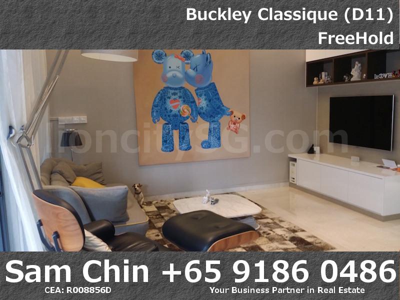Buckley Classique – 3 BD – S08 – Living Room