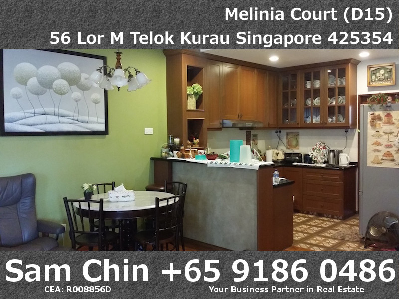 Melinia Court – 3 Bedroom – Dining and Kitchen – 3