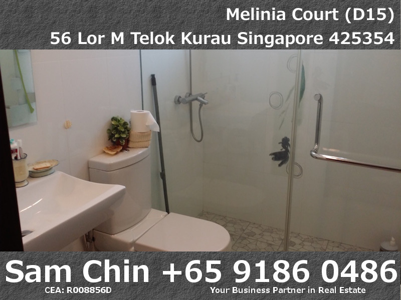 Melinia Court – 3 Bedroom – Master Bathroom – 2