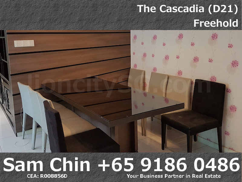 The Cascadia – S46 – 3 Bedroom – Dining Area – 2