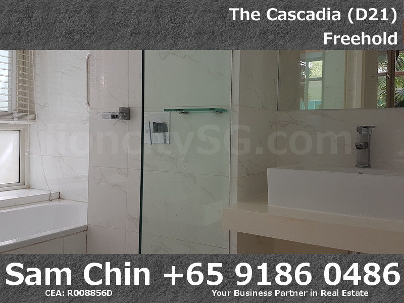 The Cascadia – S46 – 3 Bedroom – Master Bathroom