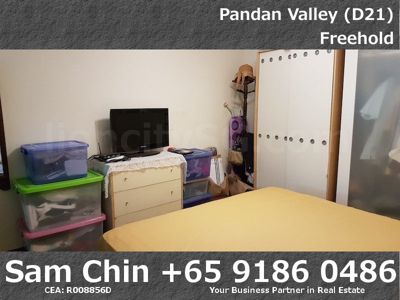 Pandan Valley – 2+Study – Bedroom 2