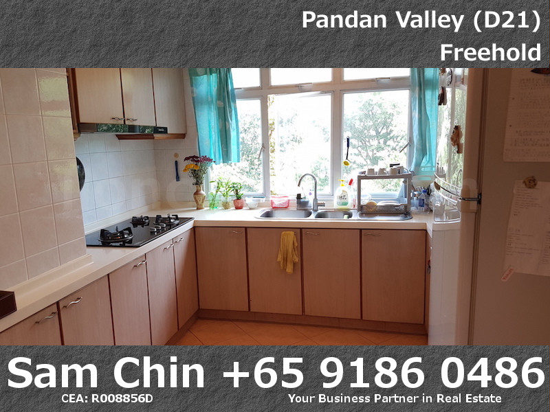 Pandan Valley – 2+Study – Kitchen